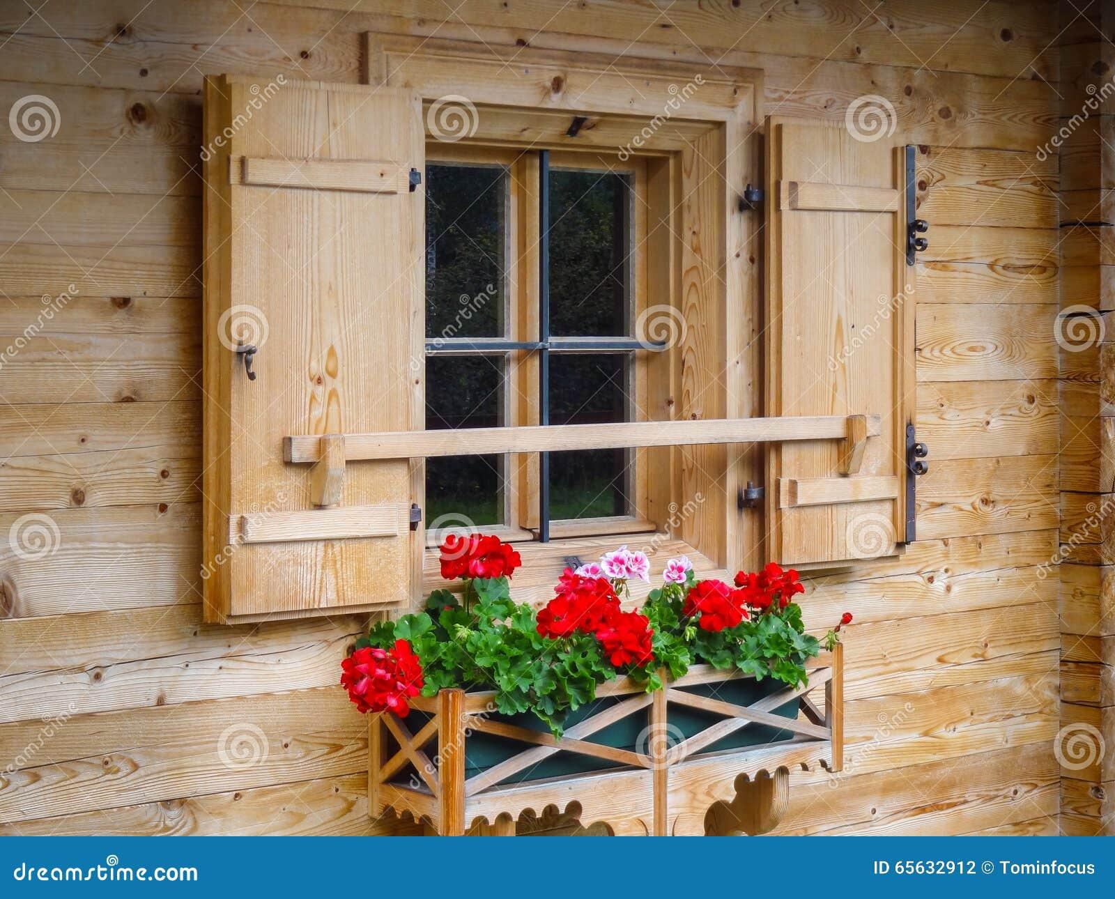 Fenêtre de Montagne-hutte