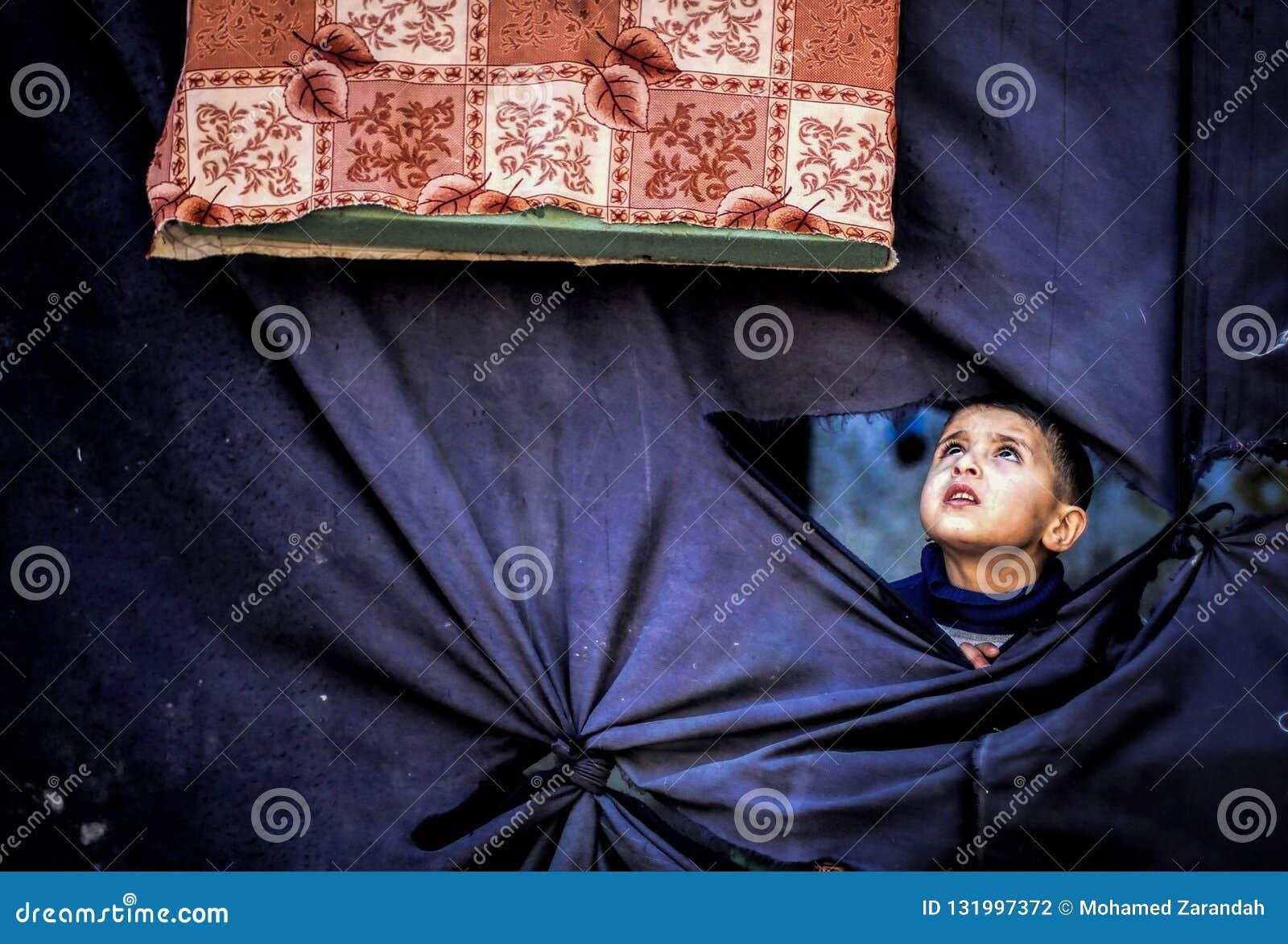 Fenêtre de tissu de l intérieur du camp
