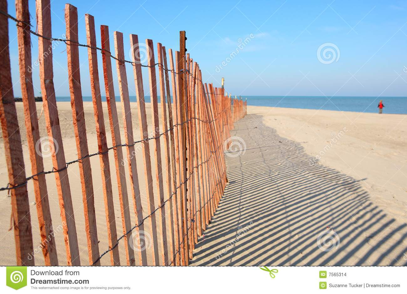 Fence On The Beach Stock Images - Image: 7565314