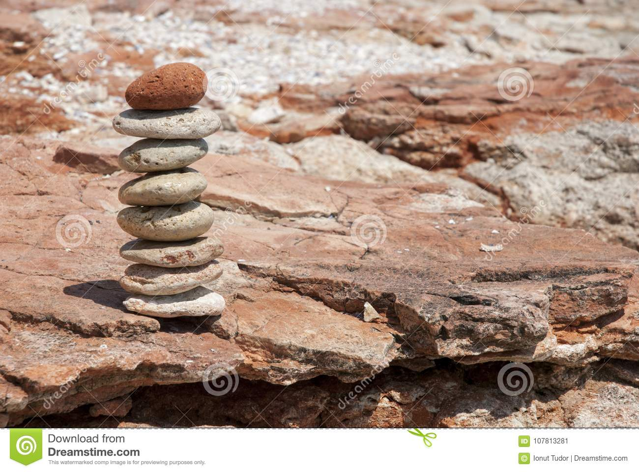 Feng shui equilibre with earth toned tilled stones
