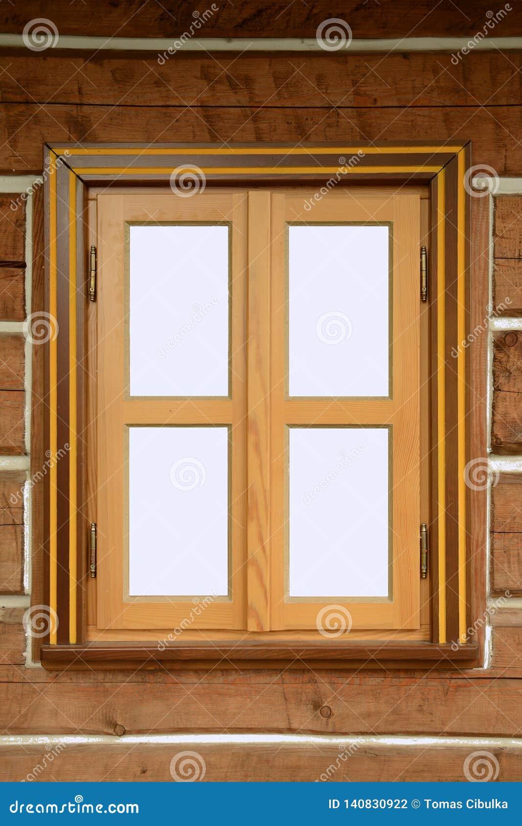 Fenster mit einem Holzrahmen