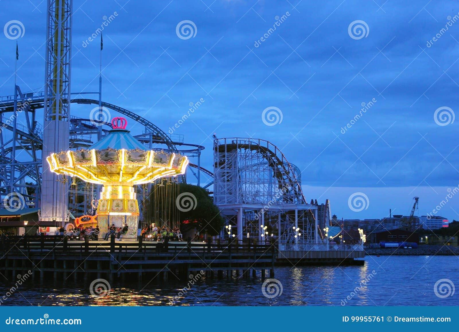 Feria en la noche en Estocolmo