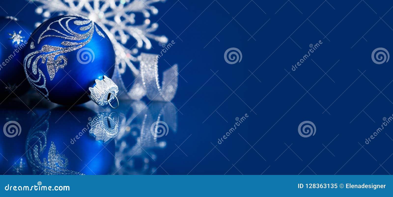 Feriebakgrund för jul och för nytt år Detaljerade 3d framför vinter för snow för pojkeferielay