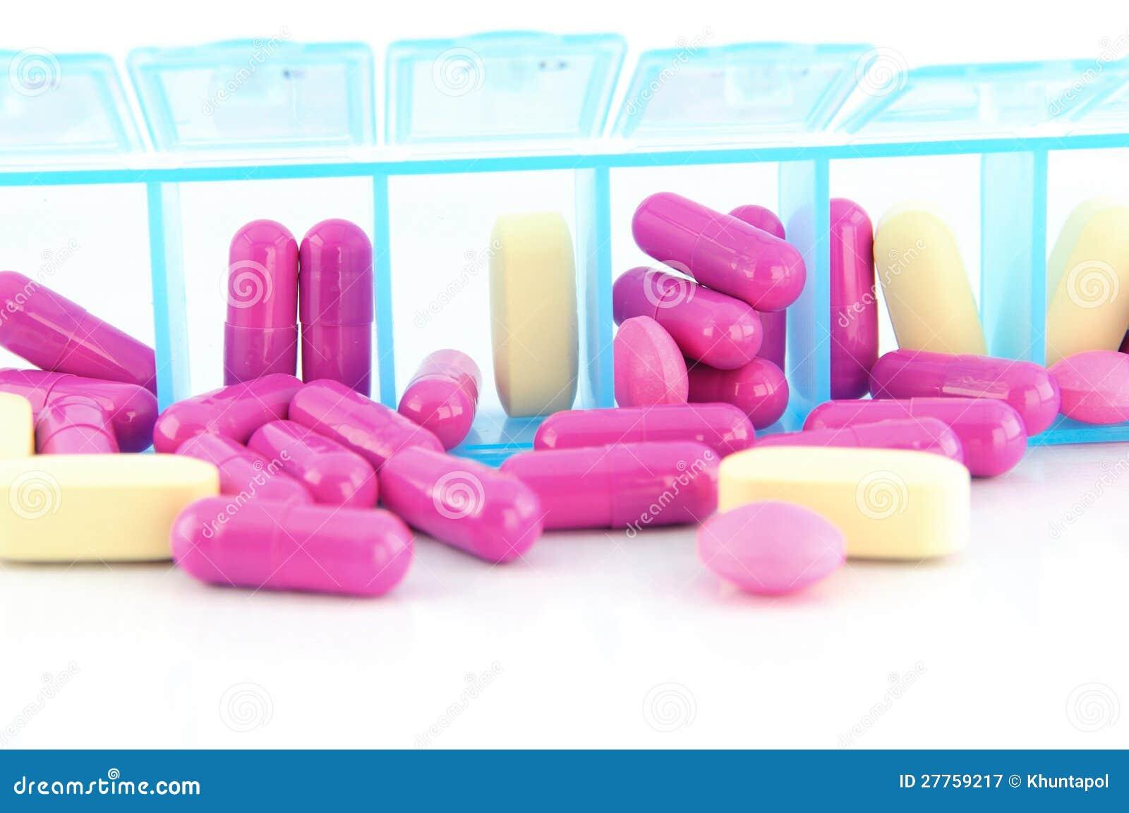 Fermé vers le haut de la capsule et des tablettes dans le cadre quotidien de pilule