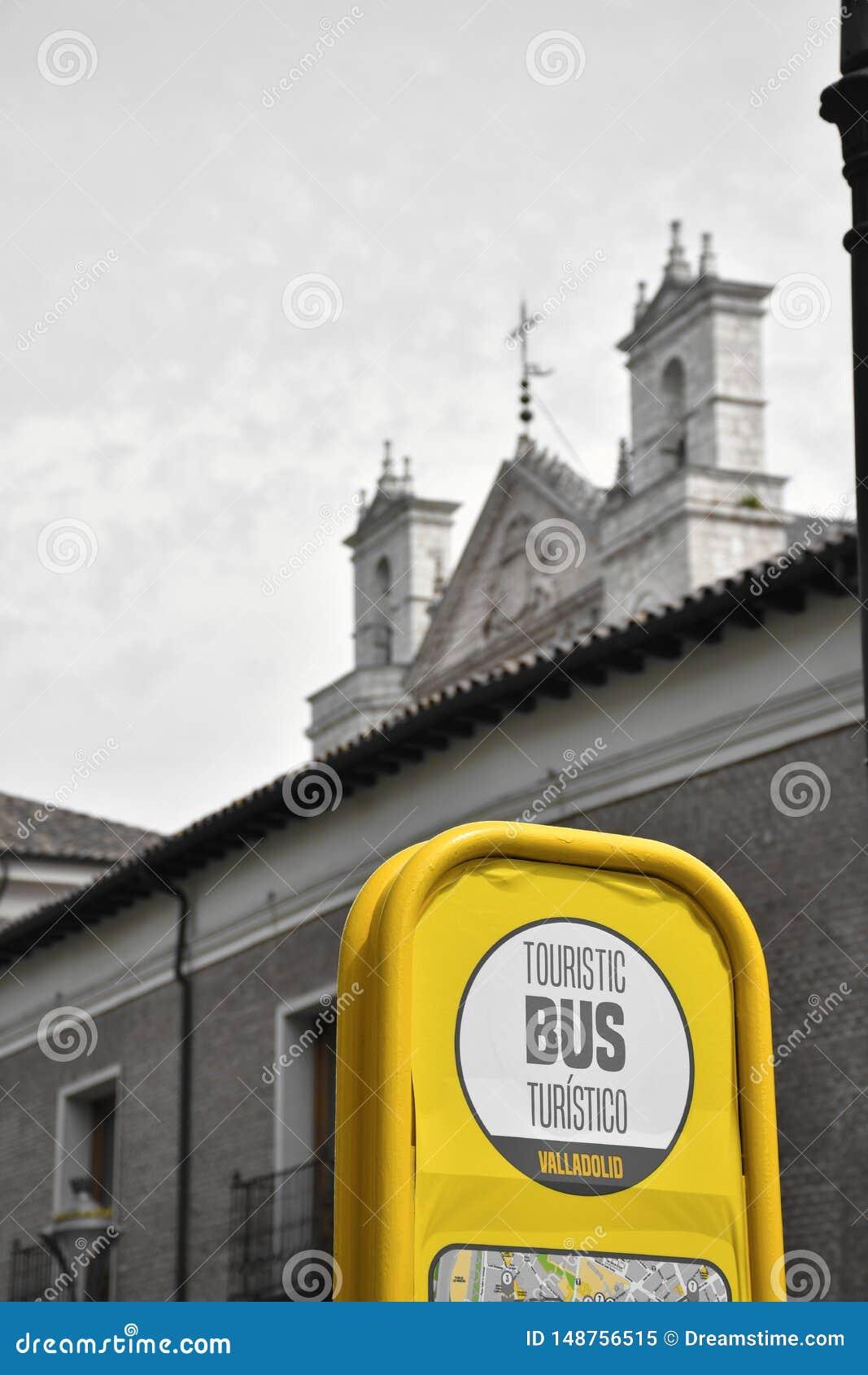 Fermata dell autobus del bus turistico
