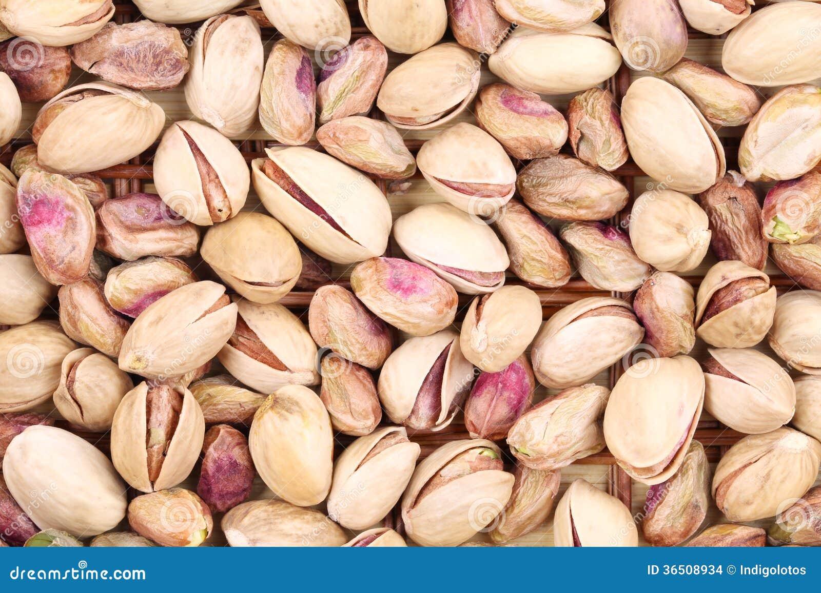 Fermez-vous de beaucoup de pistaches.