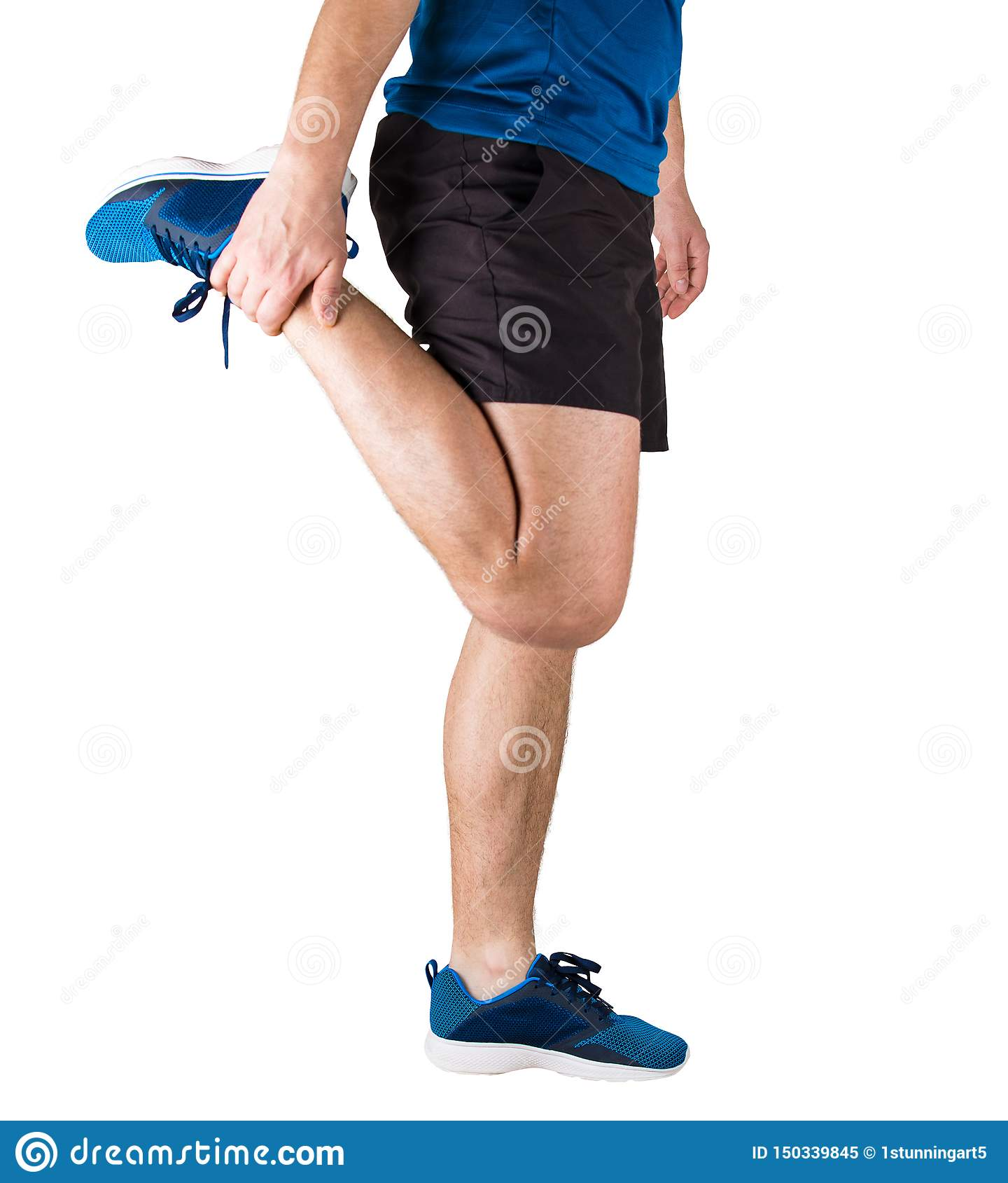 Fermez-vous de l athlète sportif caucasien d homme faisant en réchauffant les exercices et le gymnase avant le fonctionnement For