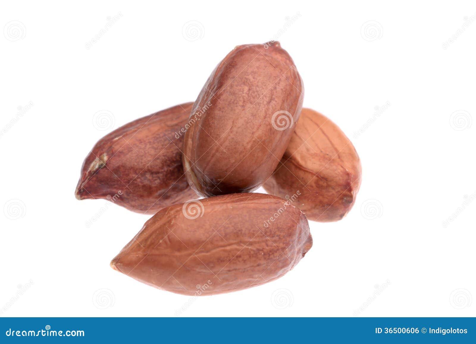 Fermez-vous de la pile d arachides.