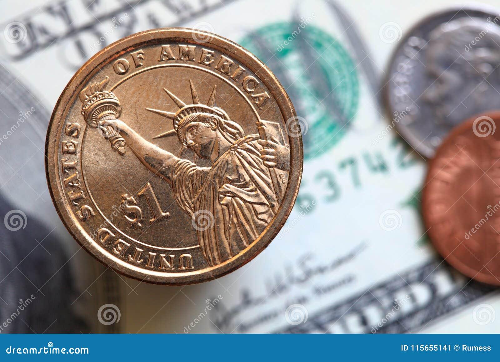 Fermez-vous des billets de dollar US et d une pièce du dollar