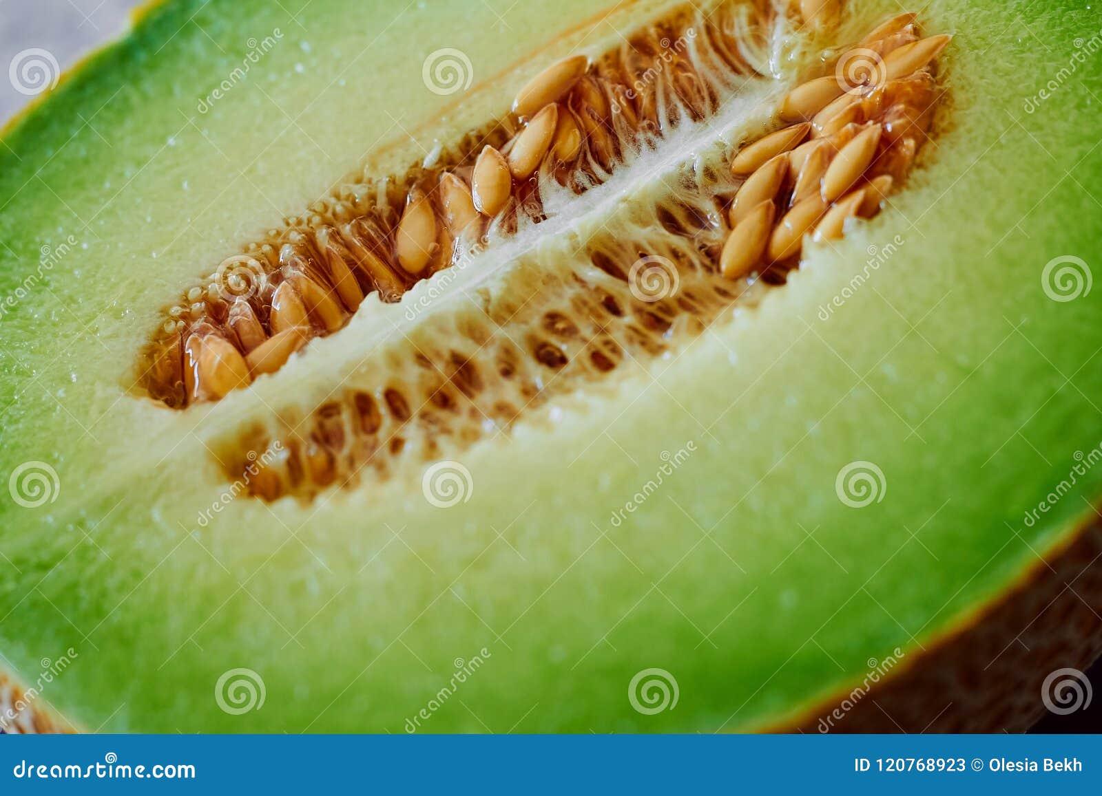 Fermez-vous du melon frais et juteux