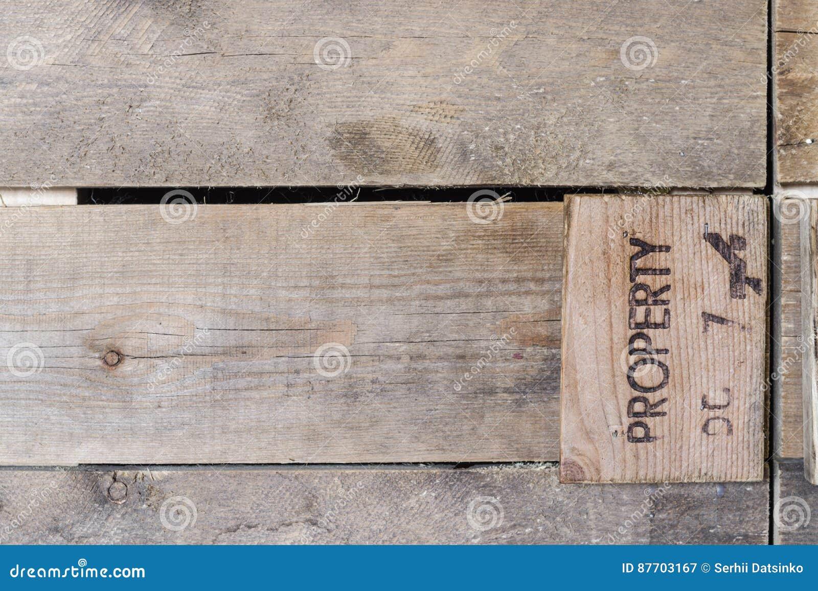 Fermez-vous vers le haut de la vieille barrière en bois grunge texturisée Vieilles planches de fond