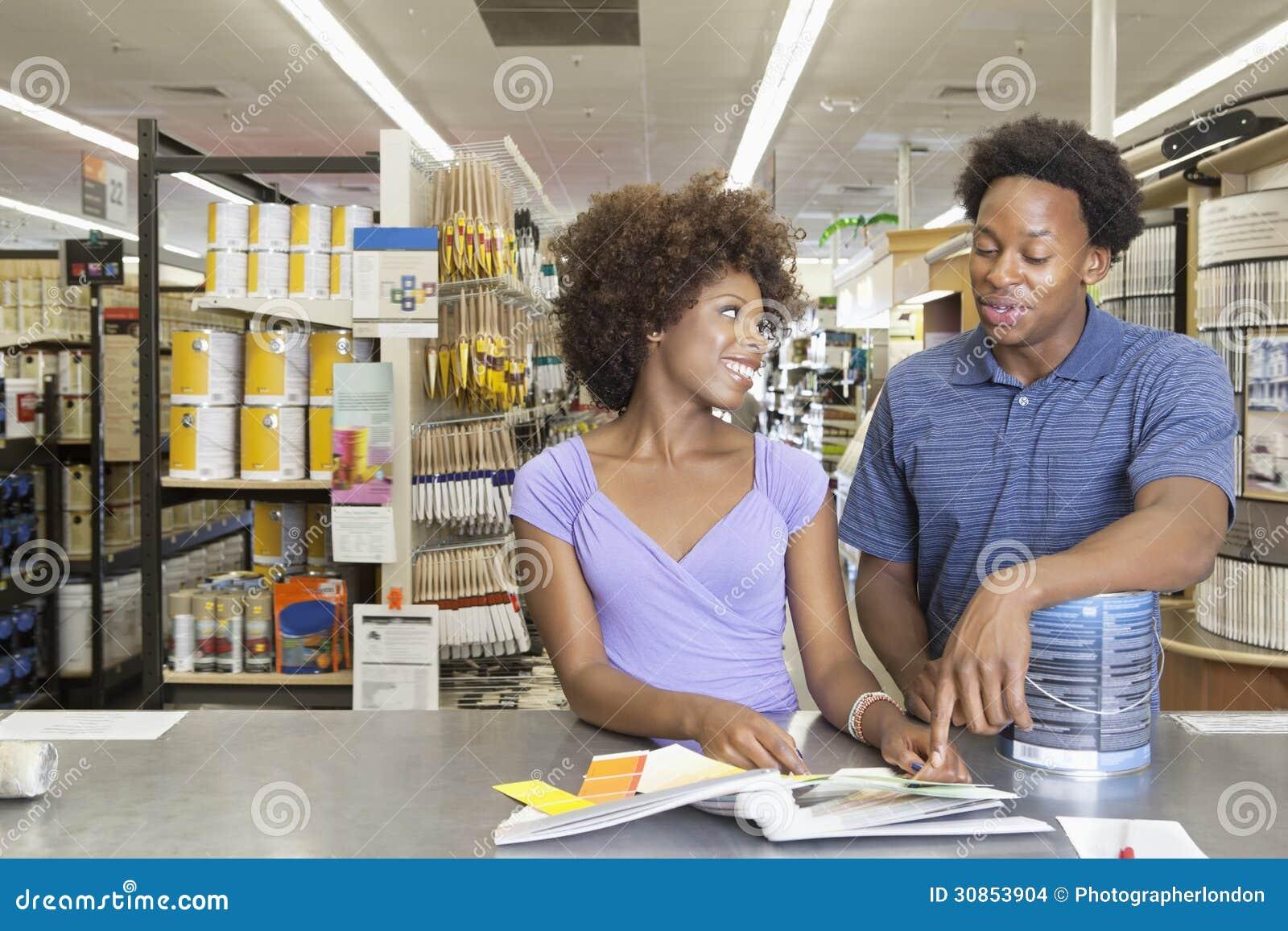 36c123324 Ferramentas de compra da pintura dos pares afro-americanos novos no mercado  super