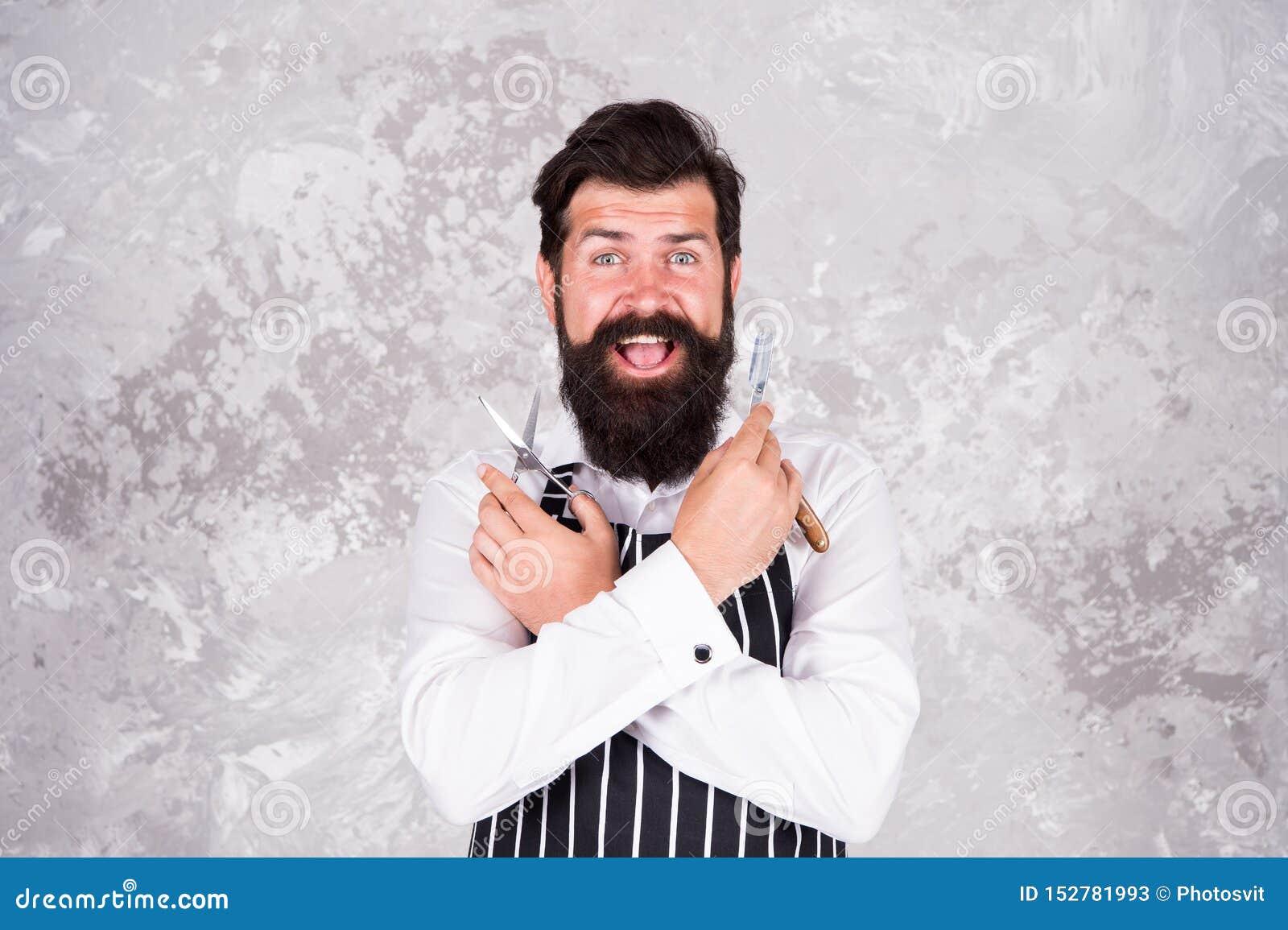 Ferramentas do barbeiro Tomando os bons pêlos faciais do cuidado Rapagem farpada do moderno Beleza masculina Mestre do barbeiro M