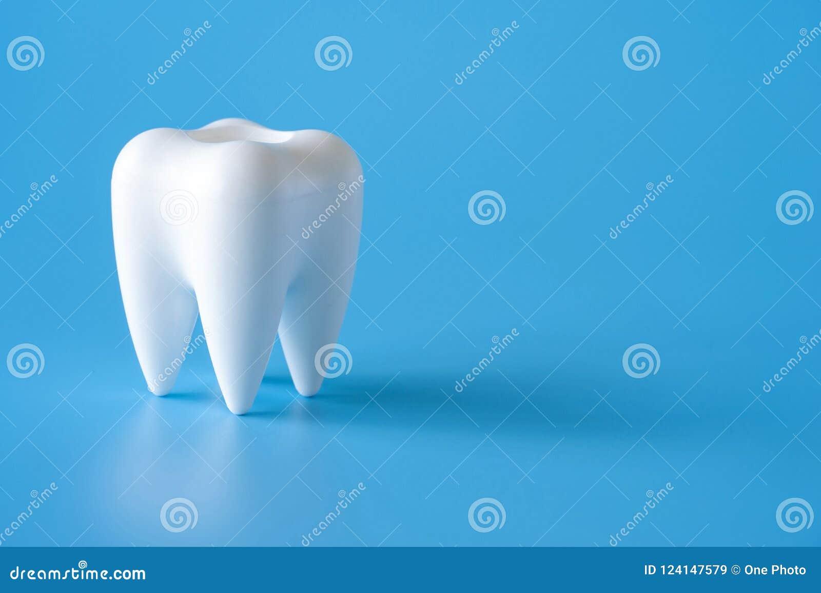 Ferramentas saudáveis do equipamento dental para os cuidados dentários De profissional
