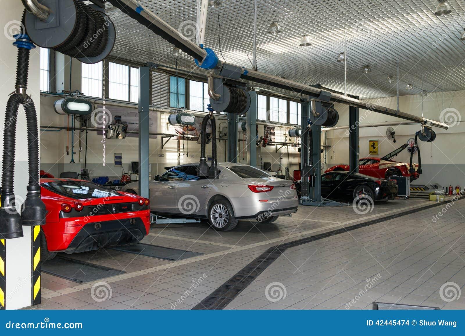 Design car repair workshop - Car Ferrari Repair Service Workshop