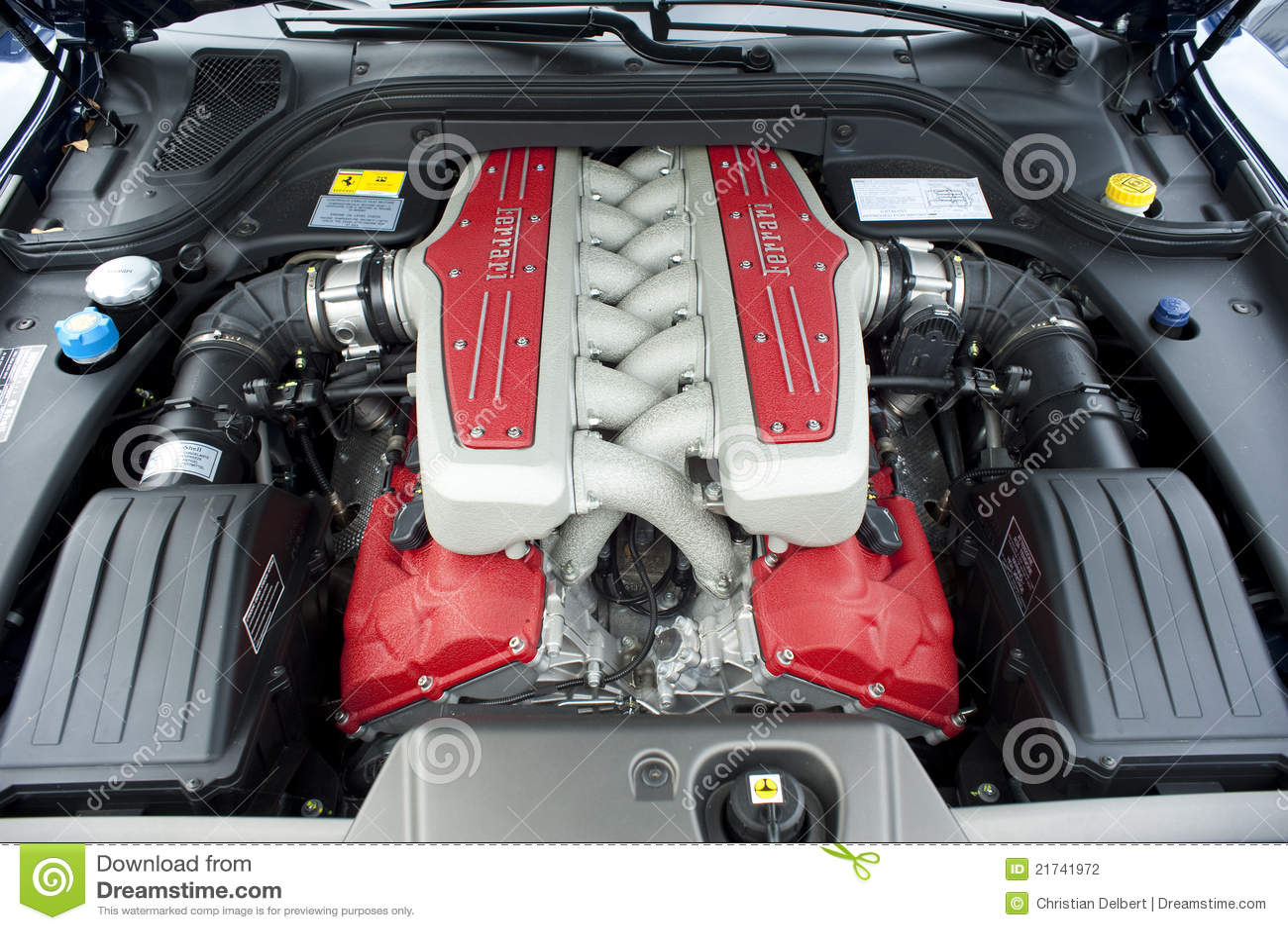 Ferrari Motor Redaktionelles Stockfotografie Bild 21741972