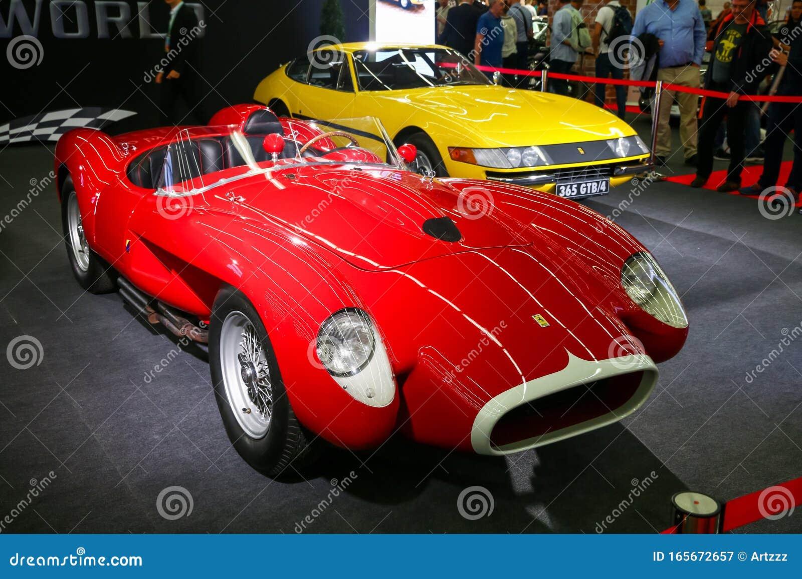 Ferrari 250 Testa Rossa Redaktionelles Stockfotografie Bild Von Hell 165672657