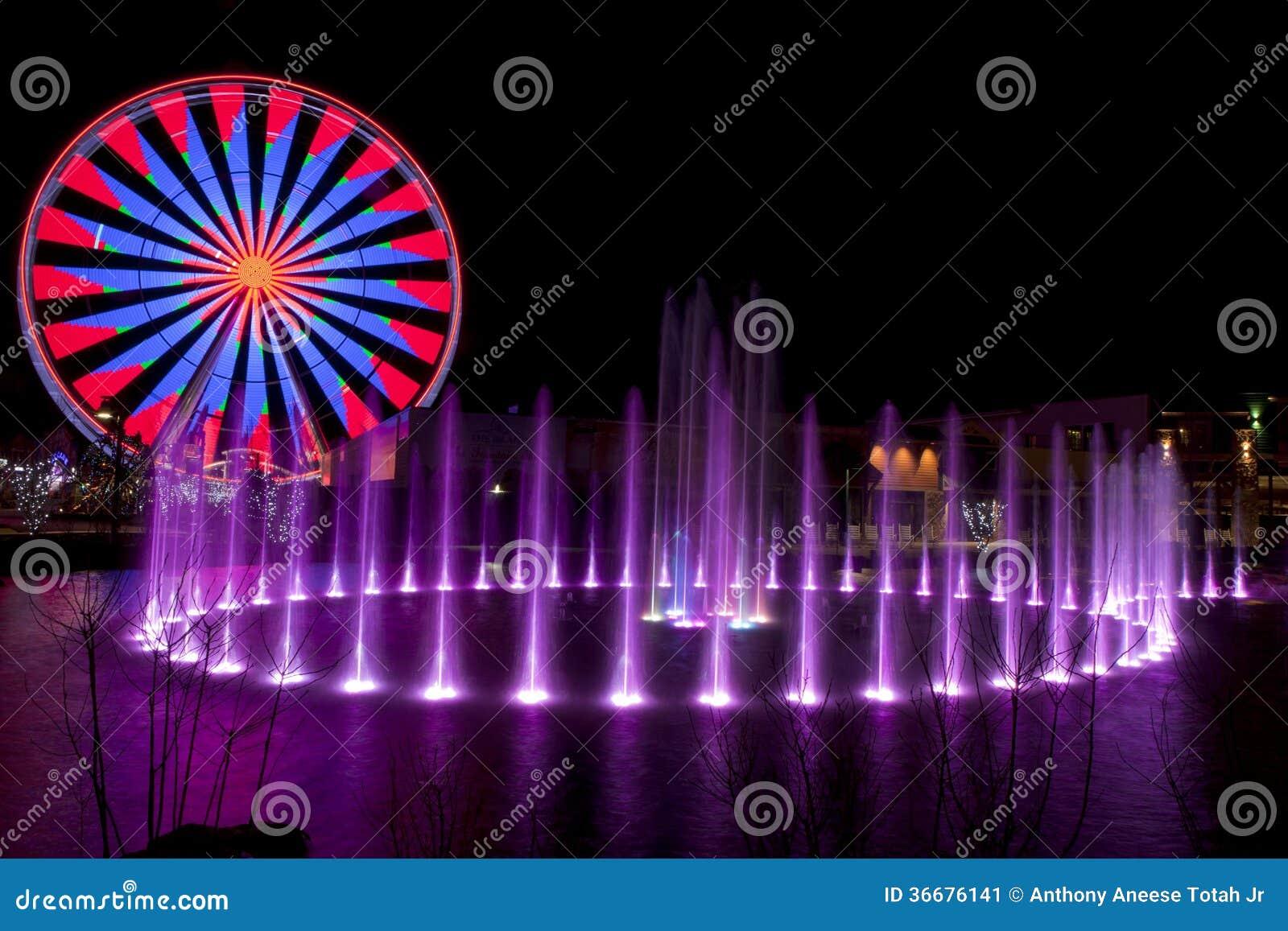Ferris Wheel in Pigeon Forge, Tennessee durante le feste di Natale