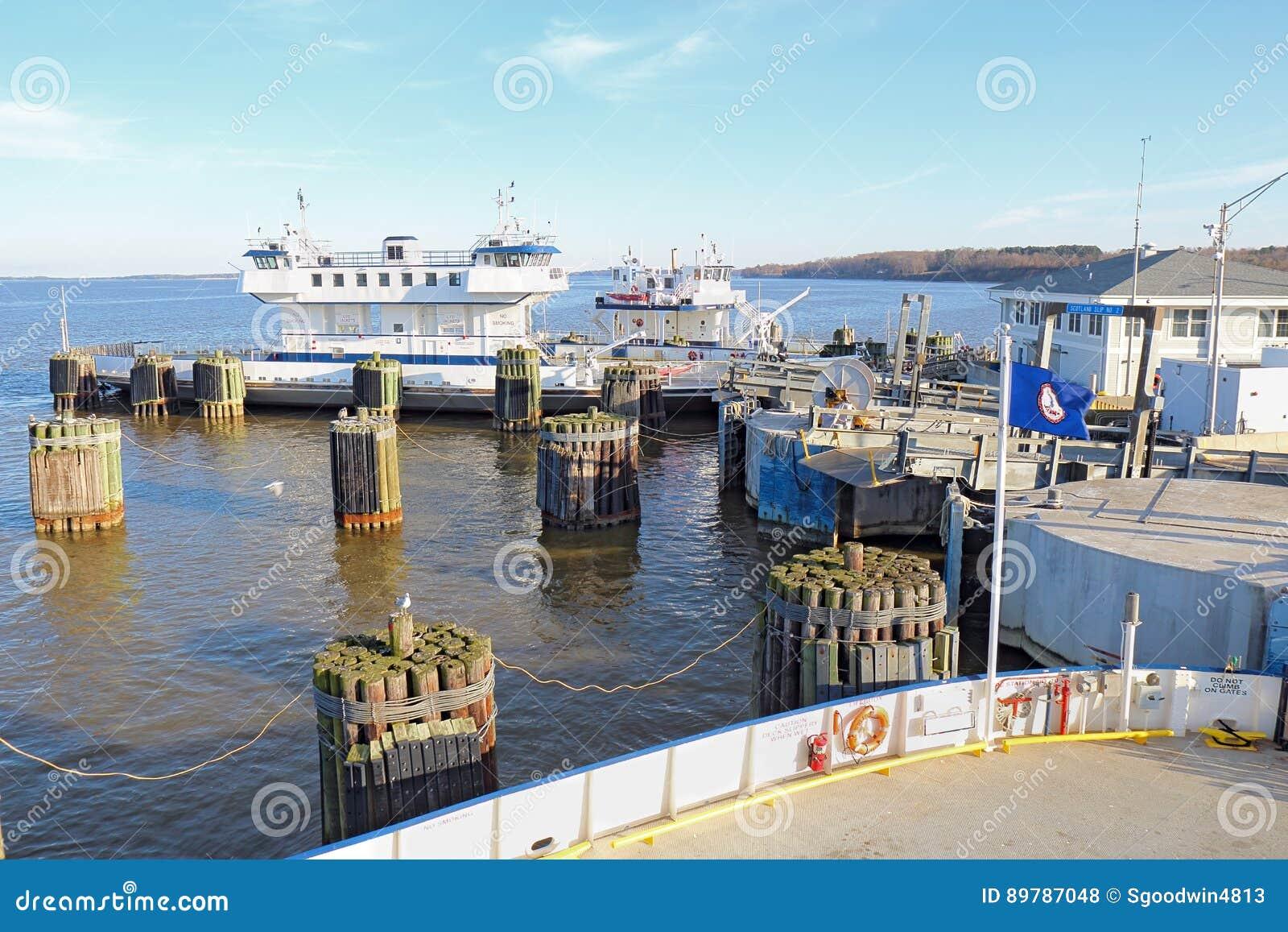 Ferryboat de Jamestown-Escócia em Surrey, Virgínia