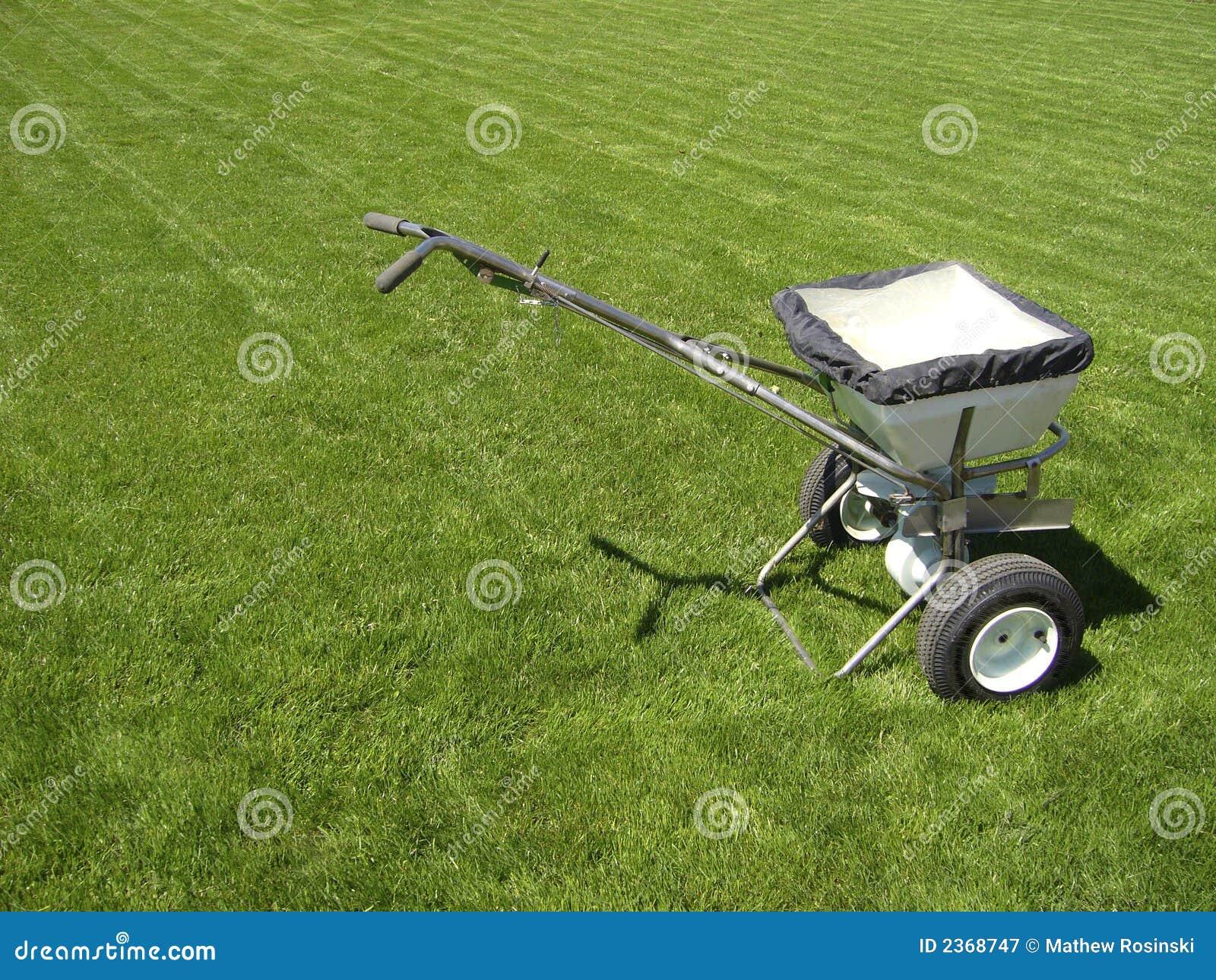 Fertilizer truck