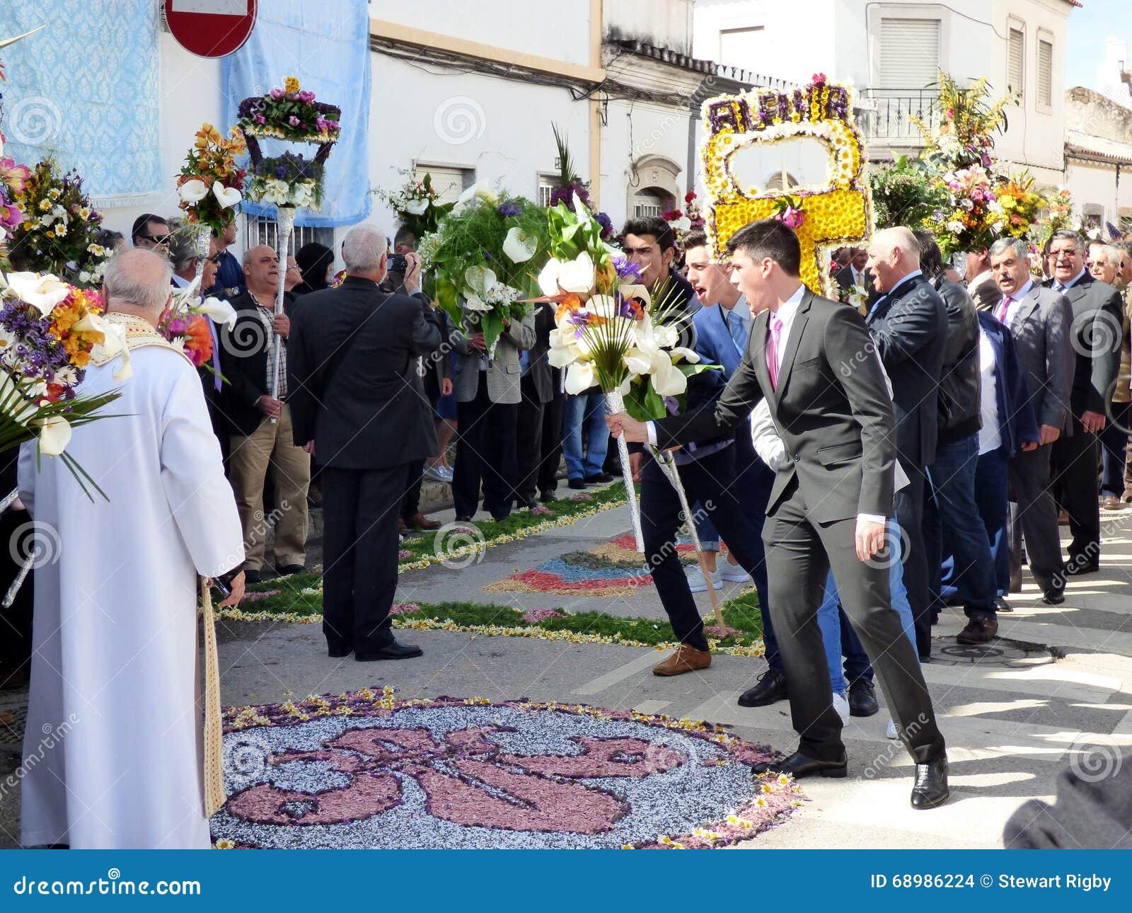Festival de las antorchas florales