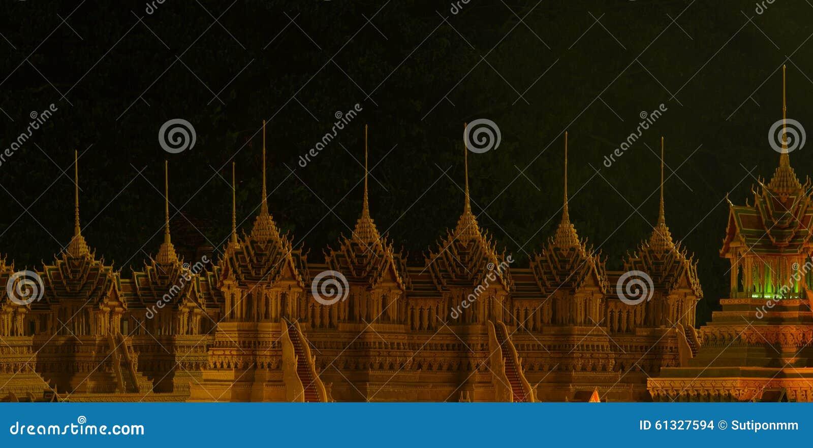 Festival del castello della cera a Sakon Nakon, Tailandia
