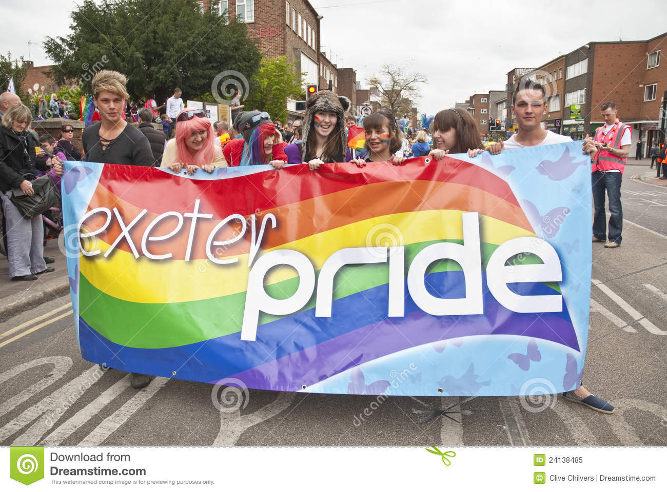 exeter gay personals Gaydar is one of the top dating sites for gay and bisexual men millions of guys like you, looking for friendships, dating and relationships share your interests and hobbies and gaydar will.