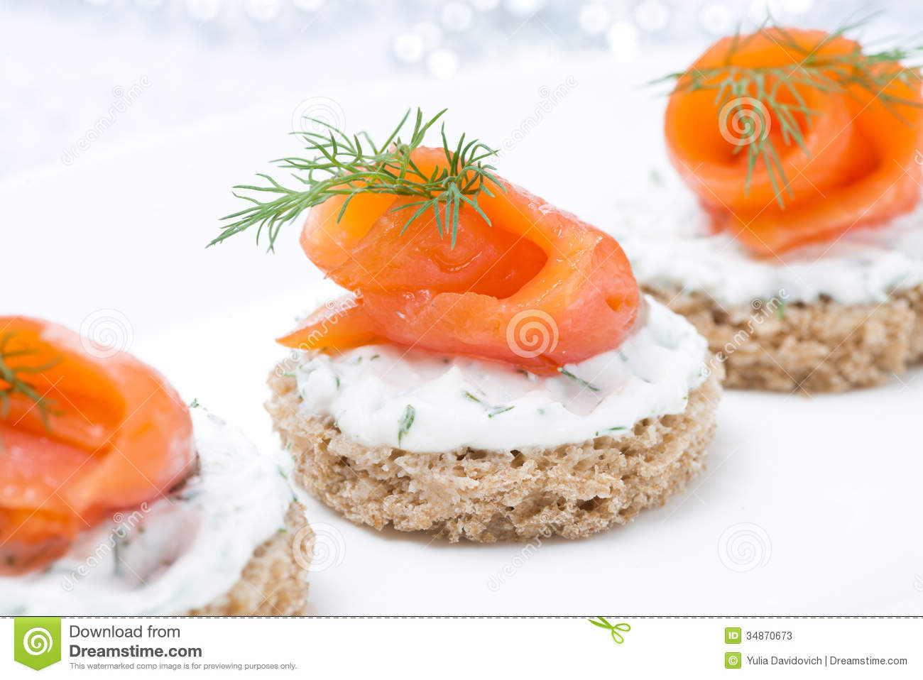 Festive appetizer canape with rye bread cream cheese for Appetizer canape