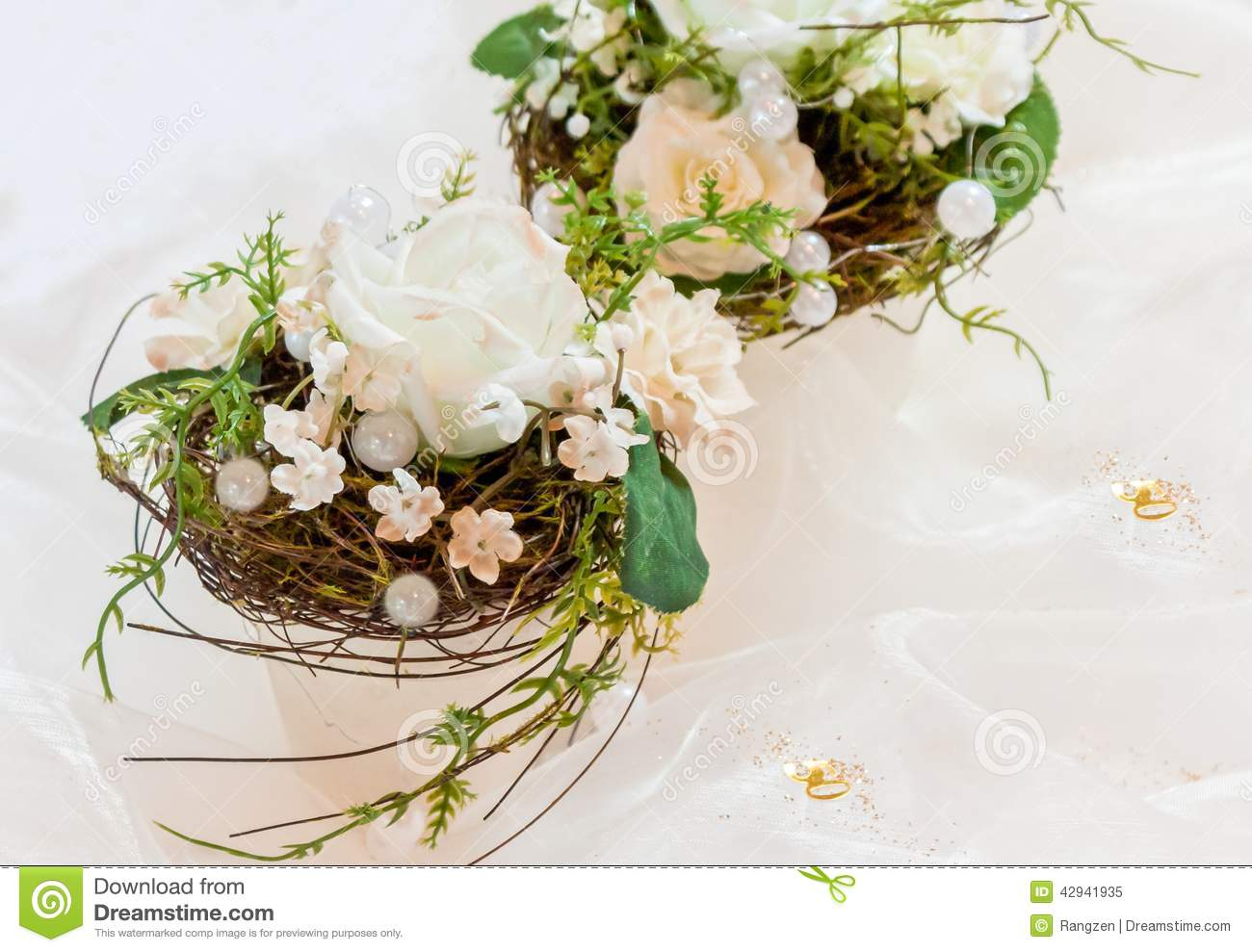 Flower Arrangements In Creamy White To 50th Wedding Anniversary