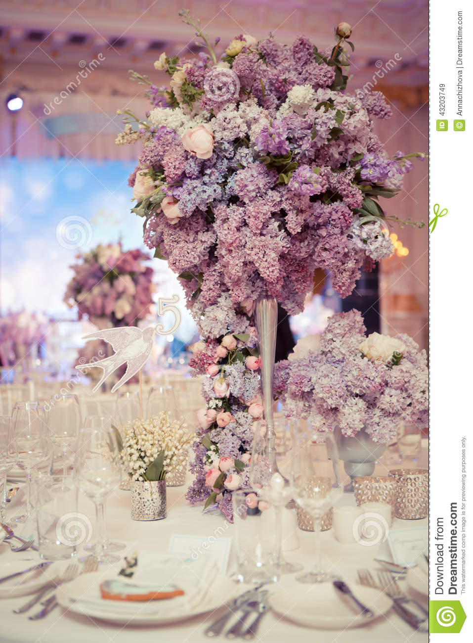 Festive table decoration in lilac colours stock photo for Photo decoration