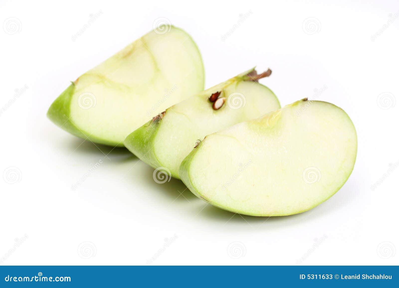 Download Fetta tre una mela verde immagine stock. Immagine di antipasto - 5311633