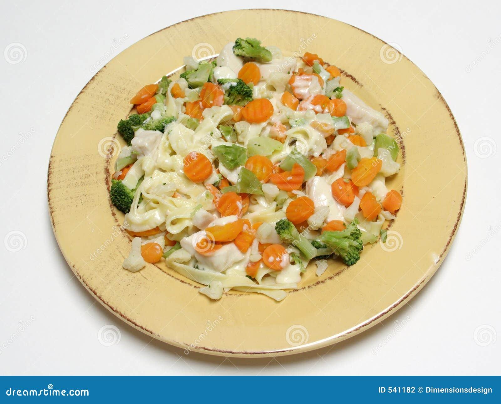 Download Fettucine蔬菜 库存照片. 图片 包括有 brochette, 托斯卡纳, 健康, 花椰菜, 查出, 淀粉 - 541182