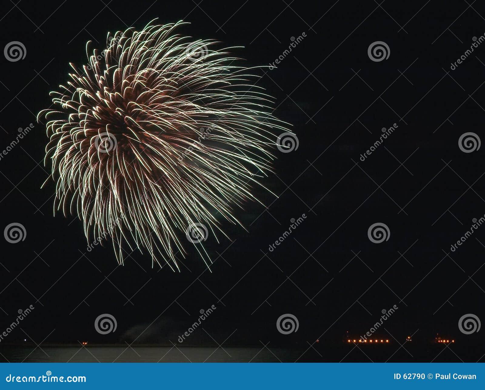 Download Feu d'artifice photo stock. Image du festival, fiesta, indépendance - 62790
