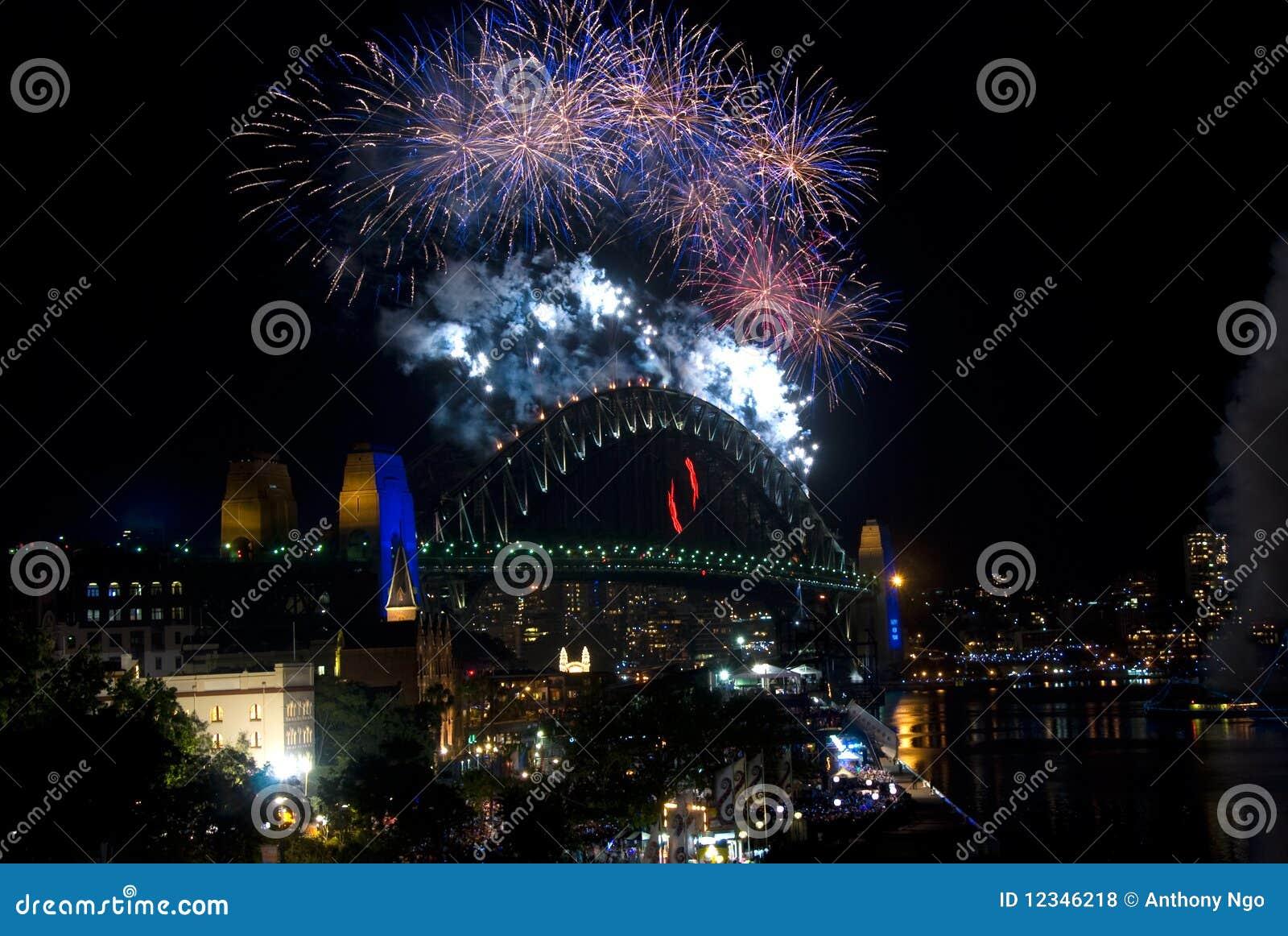 Feuerwerke der Sydney-Hafen-Brücken-NYE