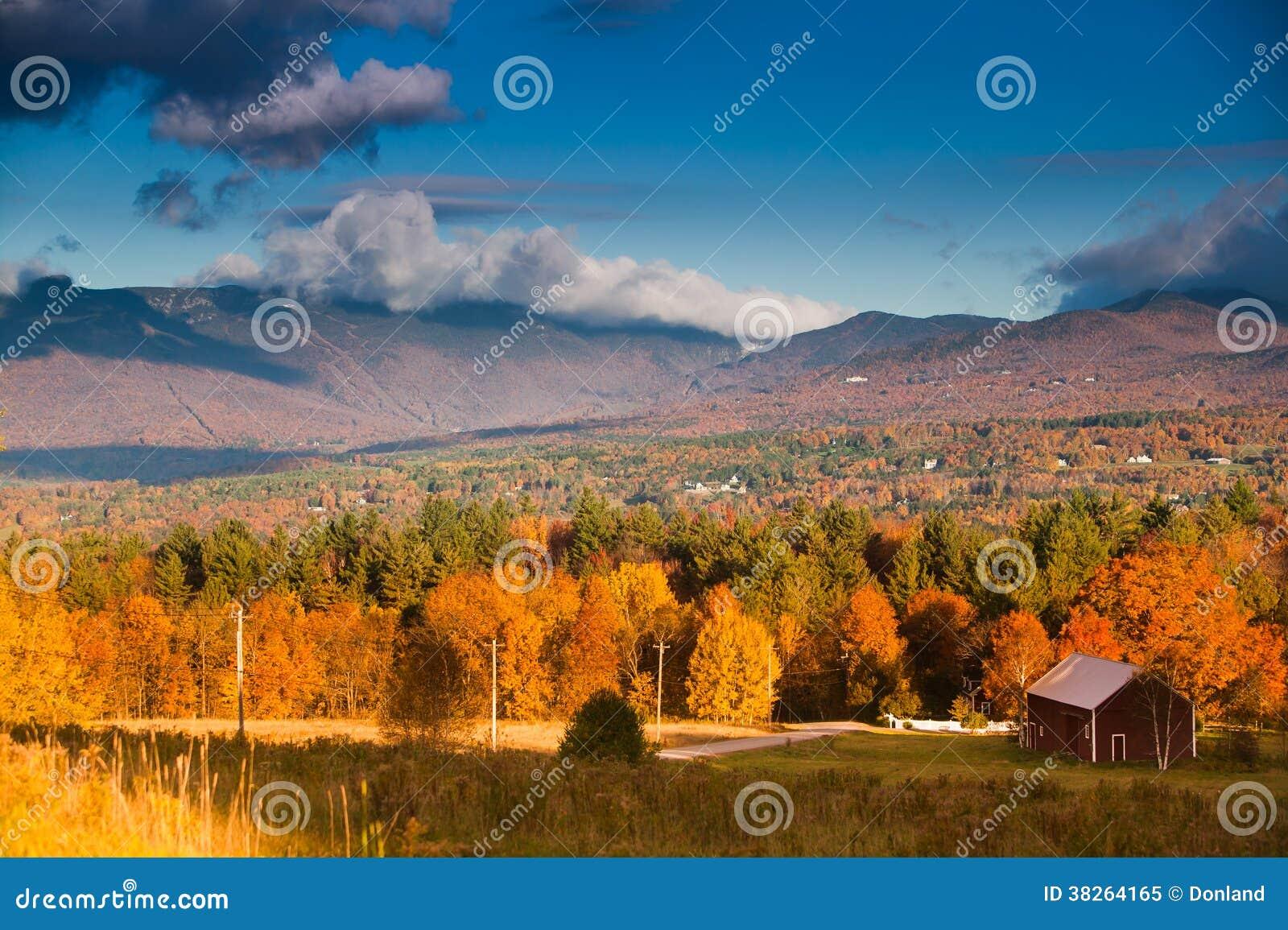 Feuillage d automne sur Mt. Mansfield dans Stowe, Vermont, U