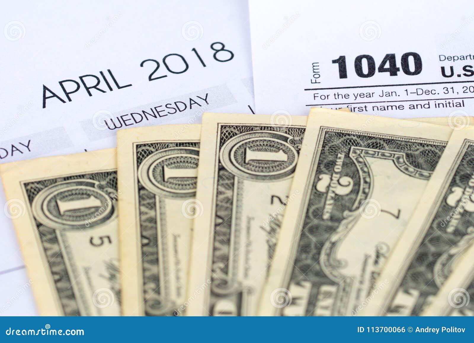Feuille d impôt 1040, avril 2018 calendrier, dollars