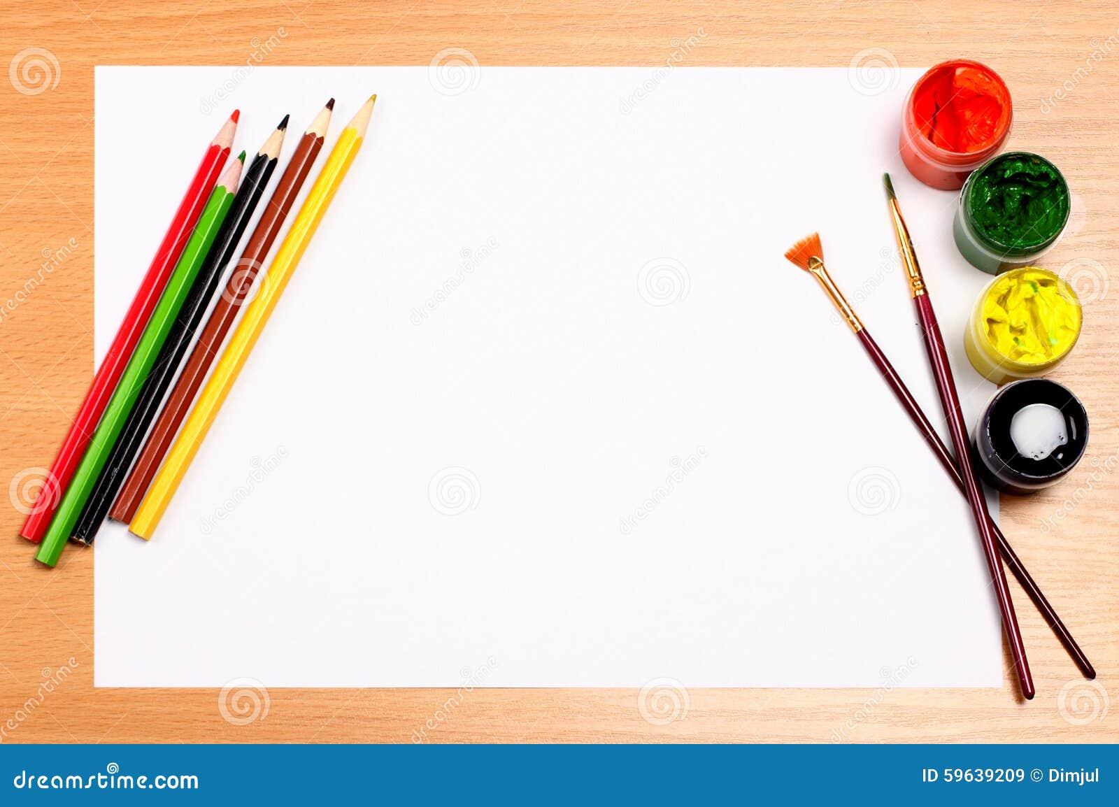 feuille vide avec la peinture et les crayons sur le bureau concept d 39 art image stock image. Black Bedroom Furniture Sets. Home Design Ideas
