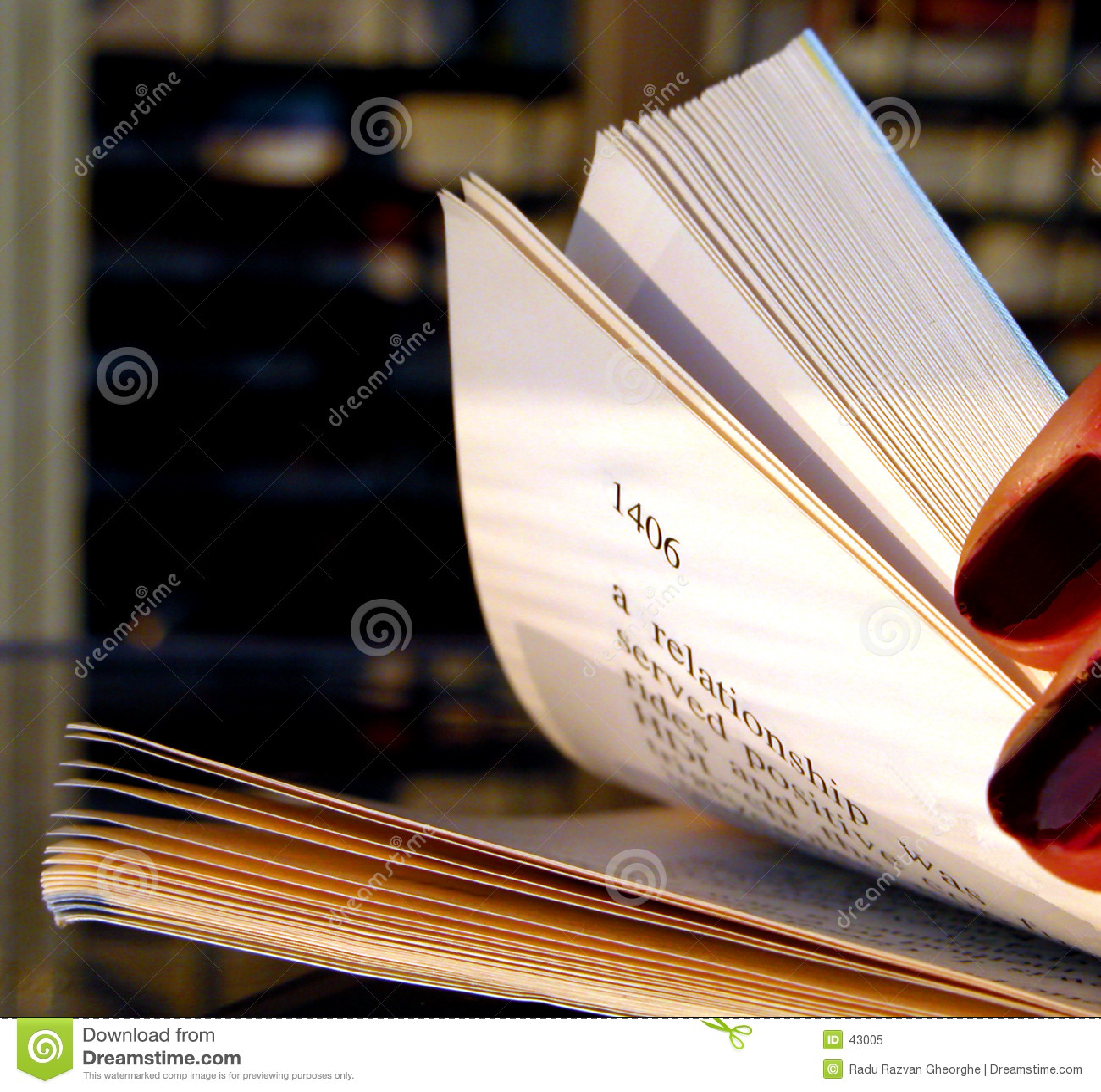 Feuilleter par un livre