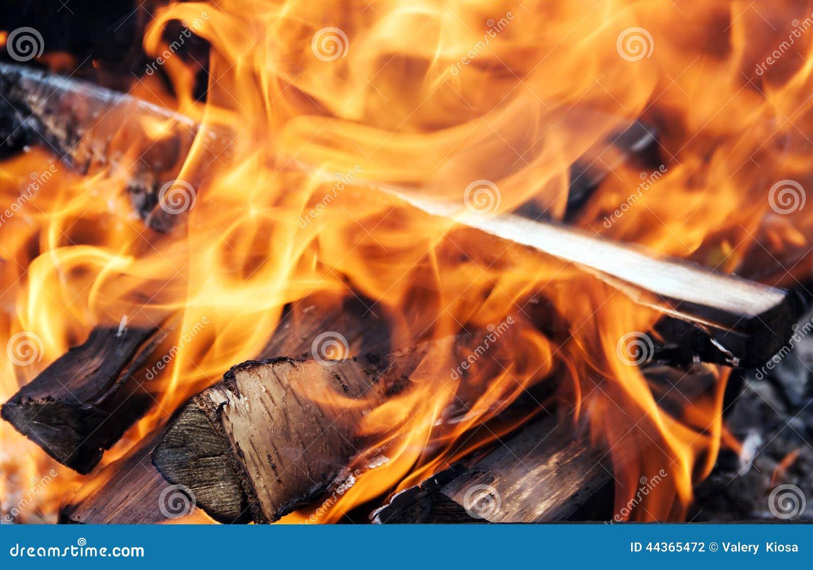 Fiamme nel fuoco