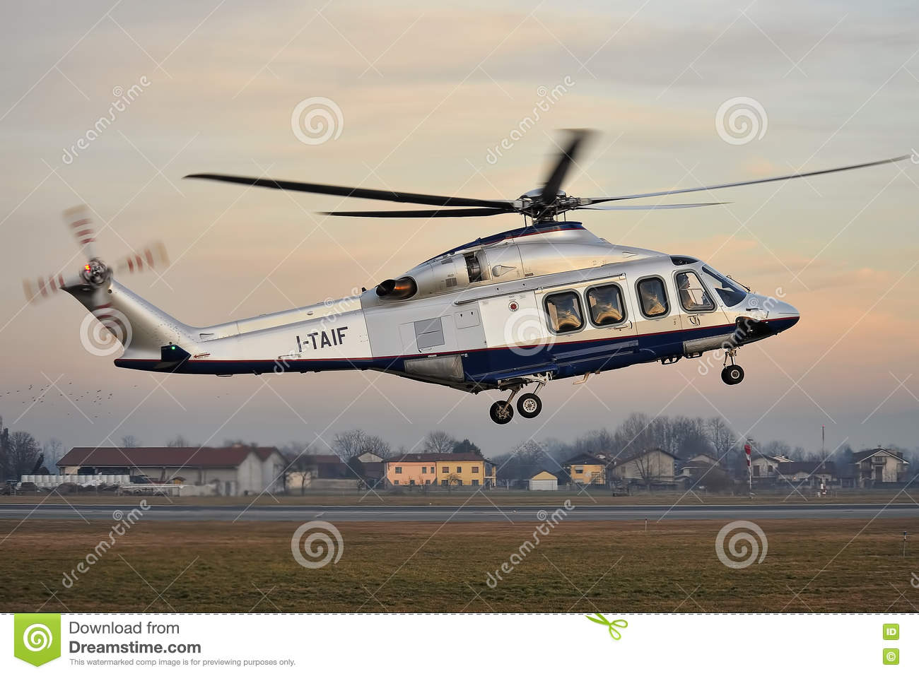 Elicottero 139 : Fiat helicopter agusta westland aw 139 editorial image image of