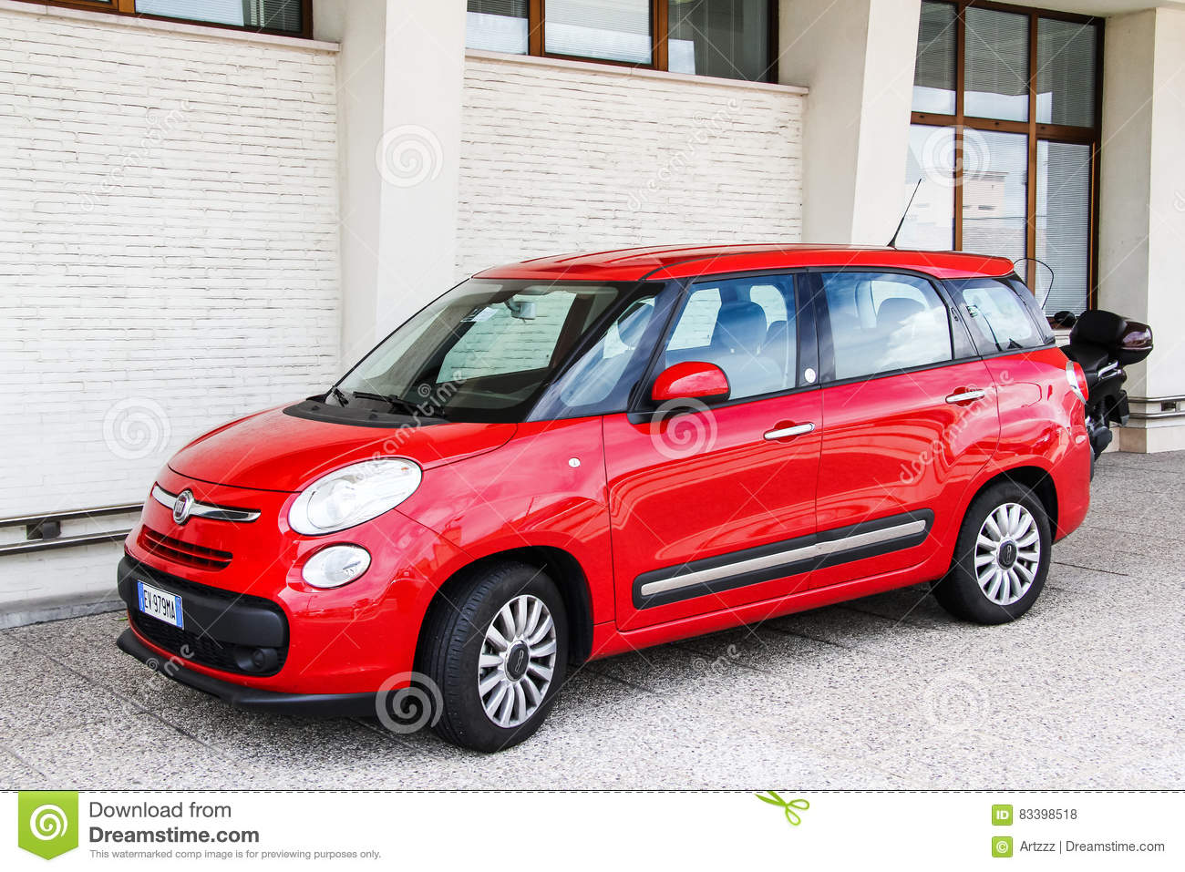 Fiat 500l editorial image 69723594 for Motor city auto sales