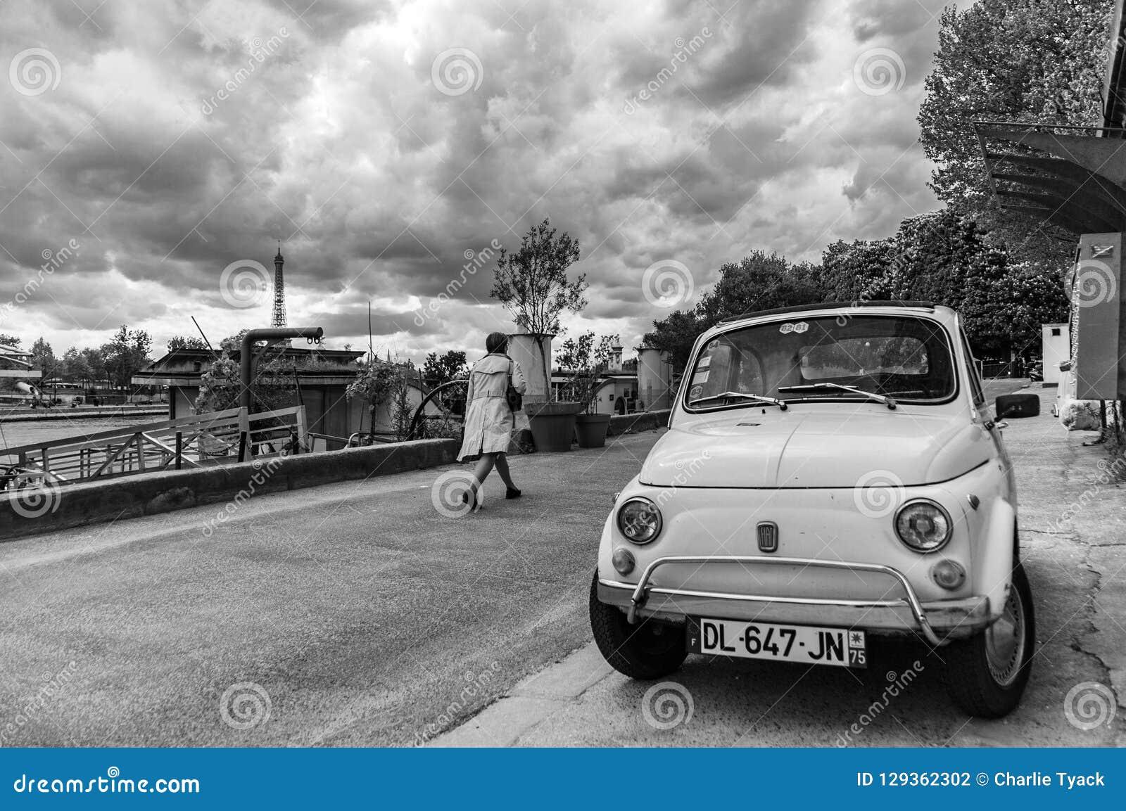 April 27th 2018 - Paris, France - Fiat 500 Next To The Seine