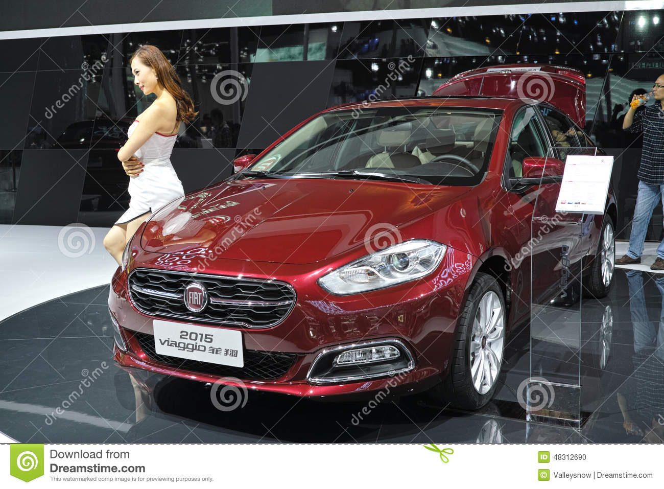 FIAT Viaggio 2015 editorial image. Image of family, atenza ...