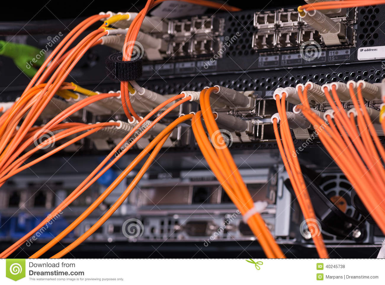 Fiber optical connections with servers