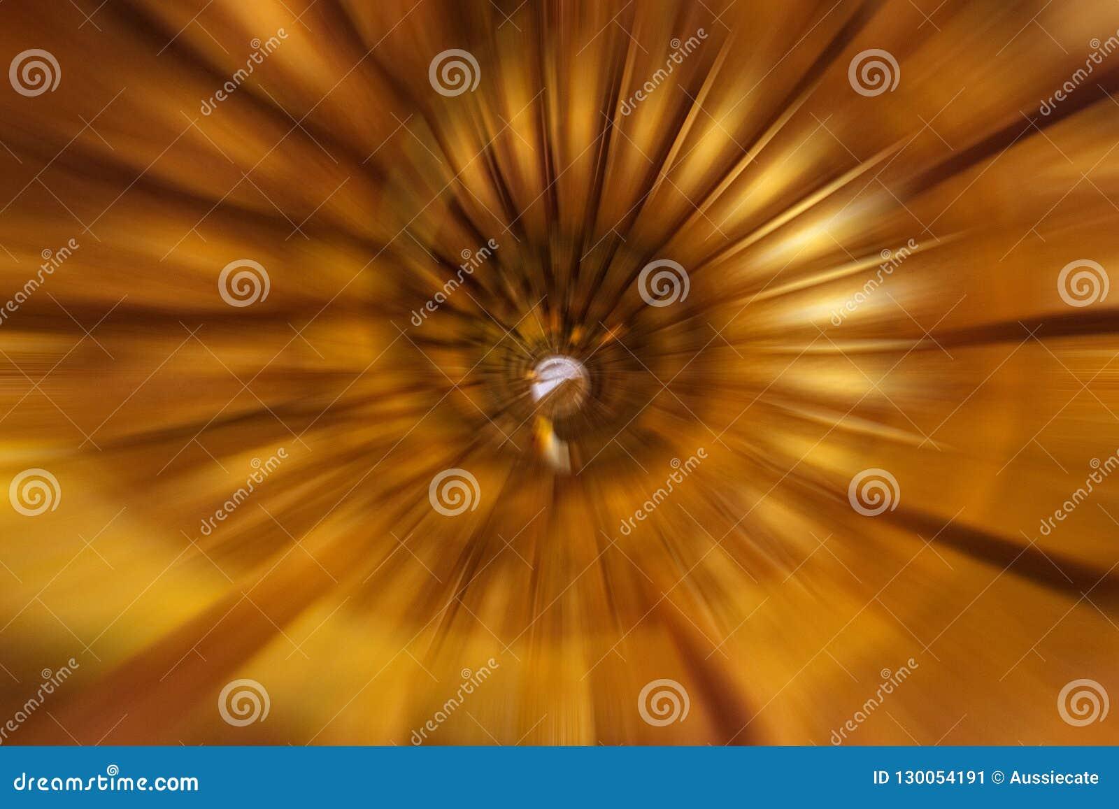 Fibonacci bstract spiraalvormige achtergrond van wenteltrap die gezoemonduidelijk beeld gebruiken