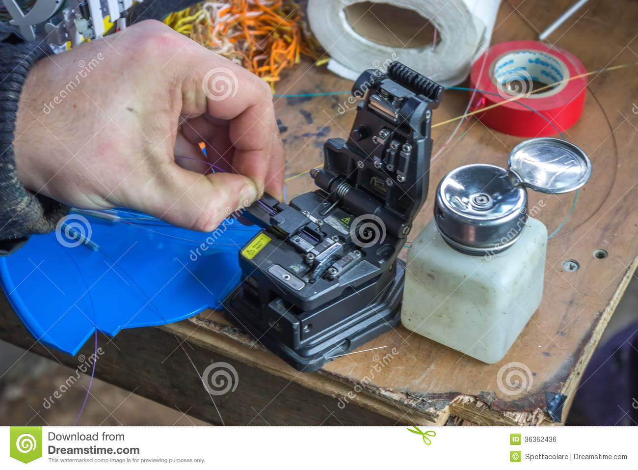 Fibre Optic Technician Hands Cleave The Fiber 2 Royalty Free Stock ...
