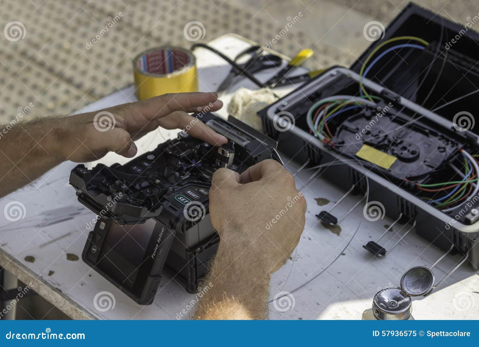 fiber optics technicians - Monza berglauf-verband com