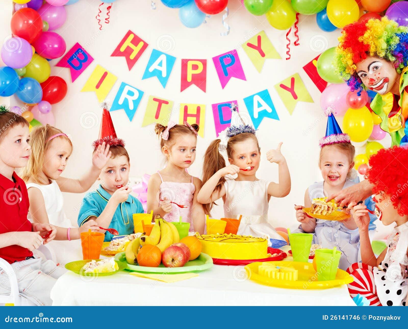 Fiesta de cumpleaños del niño.