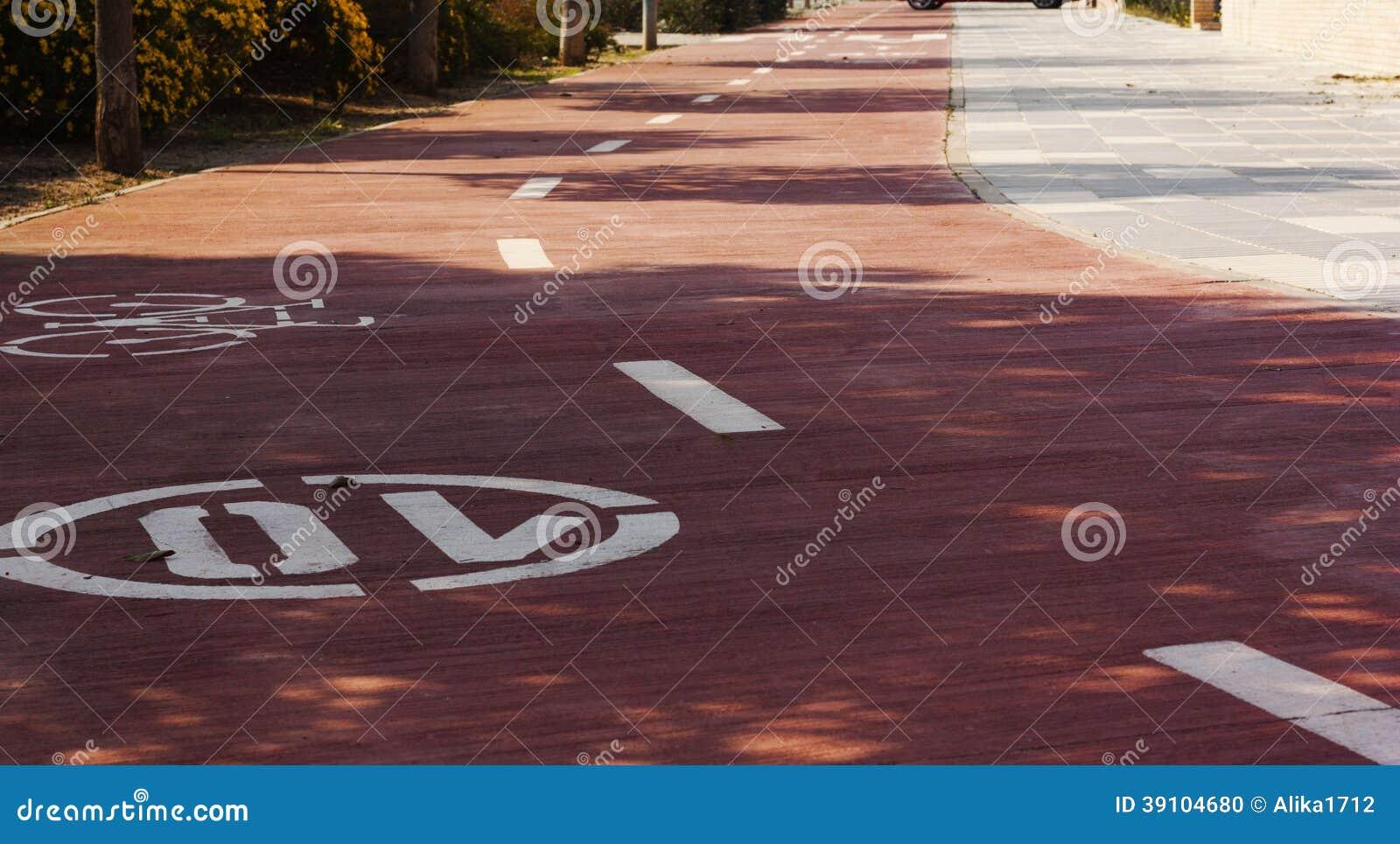 Fietsstegen en wit fietssymbool