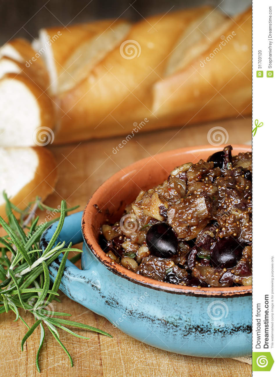 Fig Tapenade With French Bread Stock Photo - Image: 31703120